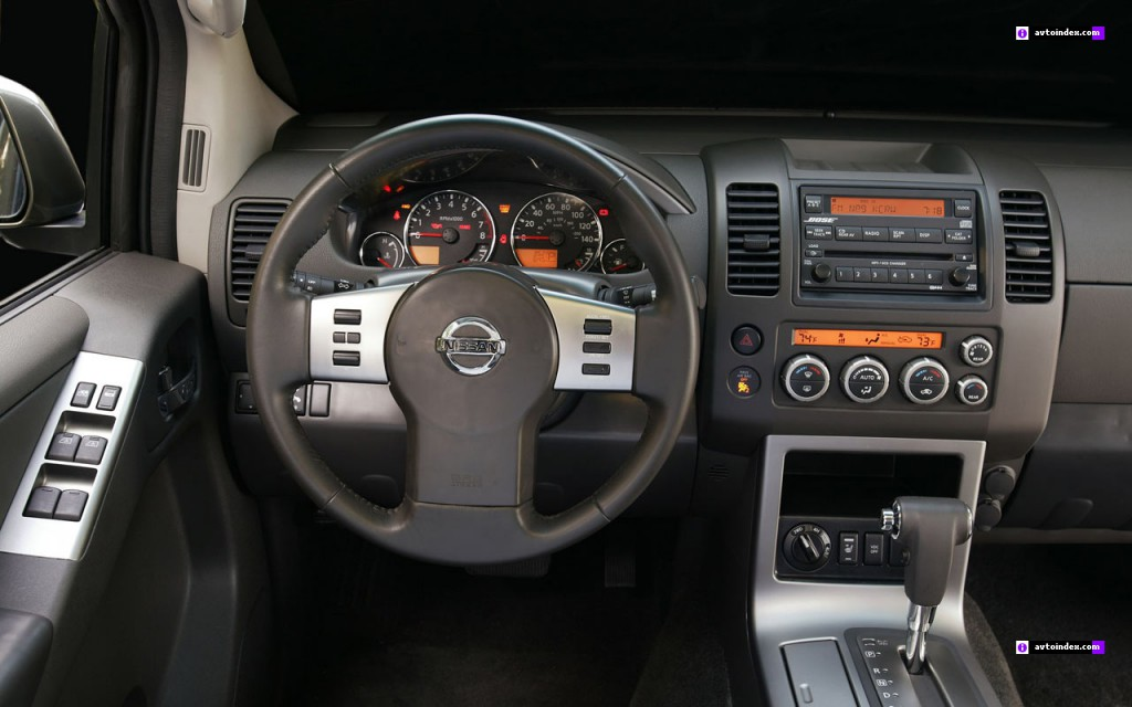 Приборная панель Nissan Pathfinder