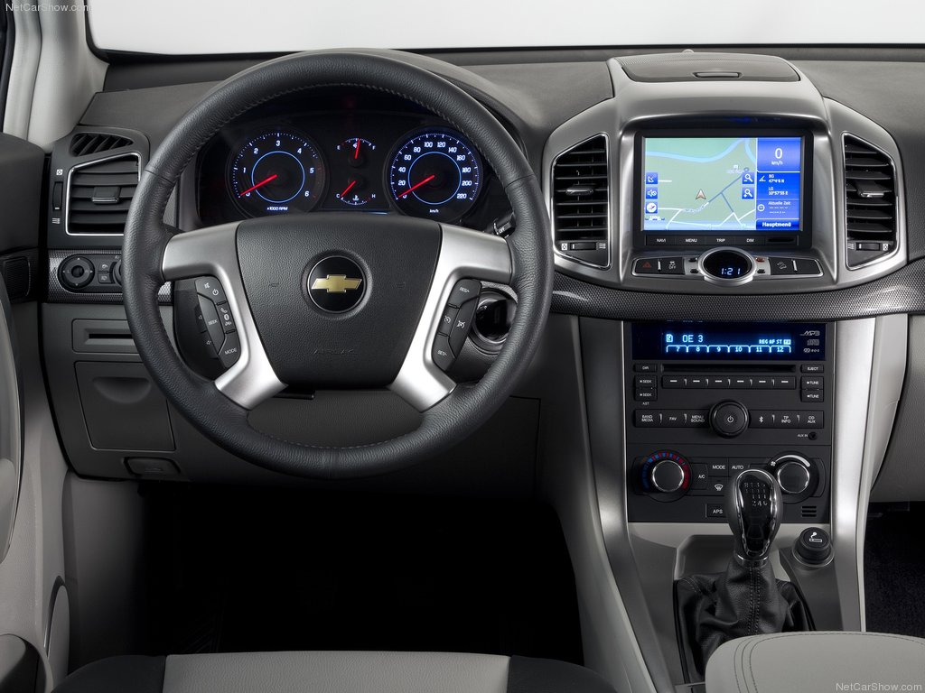 Chevrolet Captiva 2012 - перерожденный джип Шевролет Каптива 2012 года