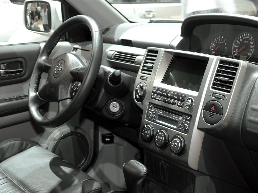Nissan X-Trail салон фото