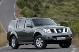 Nissan Pathfinder фото, описание, технические характеристики, цена