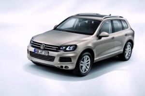 Второе поколение престижного внедорожника Volkswagen Touareg.