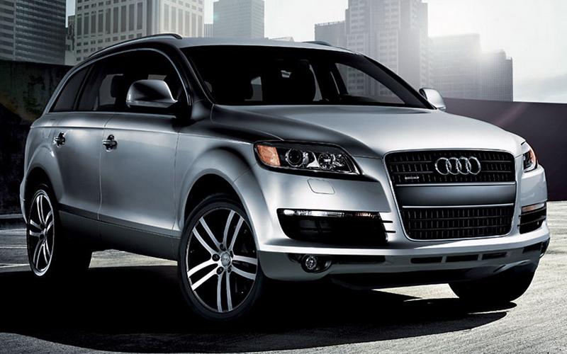 Audi Q3 2013 года.