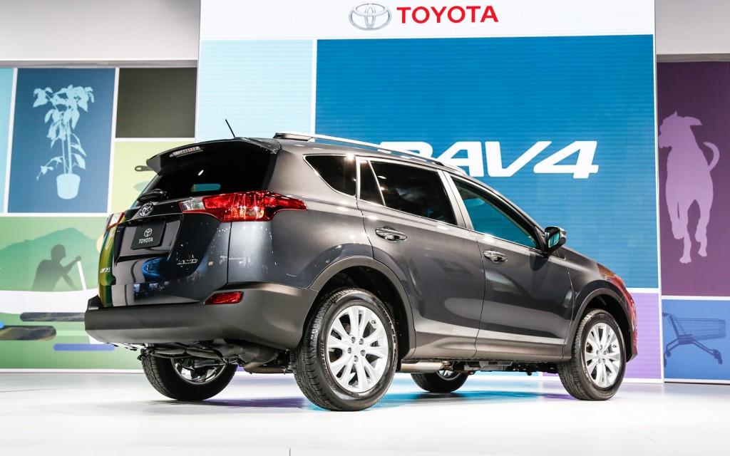 Новая Toyota RAV4 2013