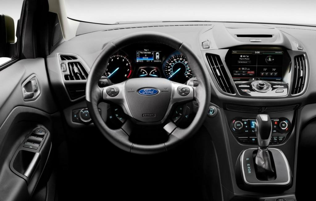 Салон  Ford Kuga 2013