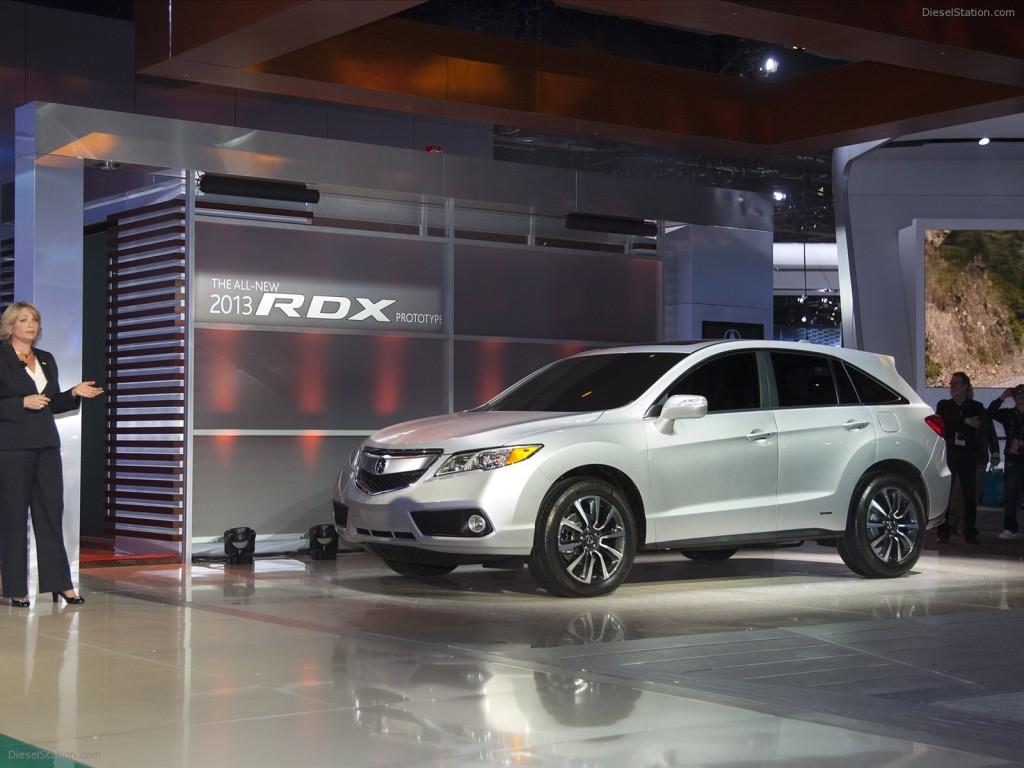 Обзор автомобиля Acura RDX