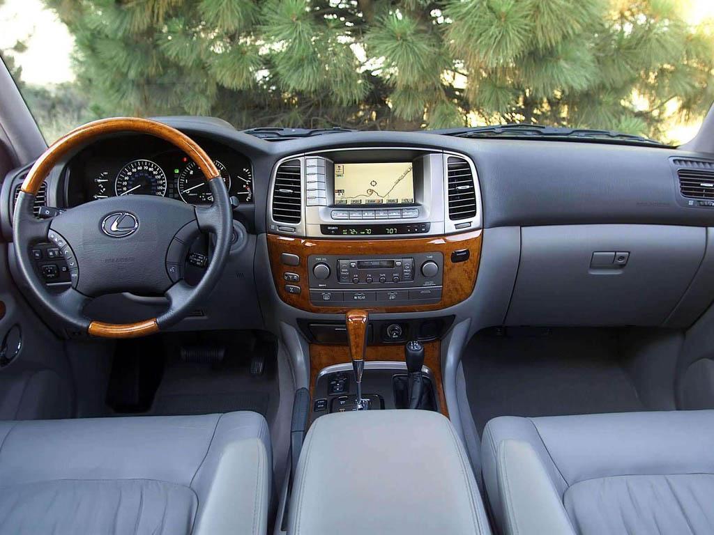Салон Lexus LX