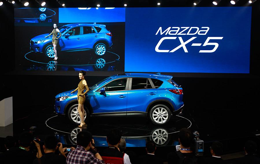 Кроссоверы Mazda