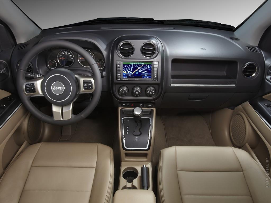 Салон Jeep Compass
