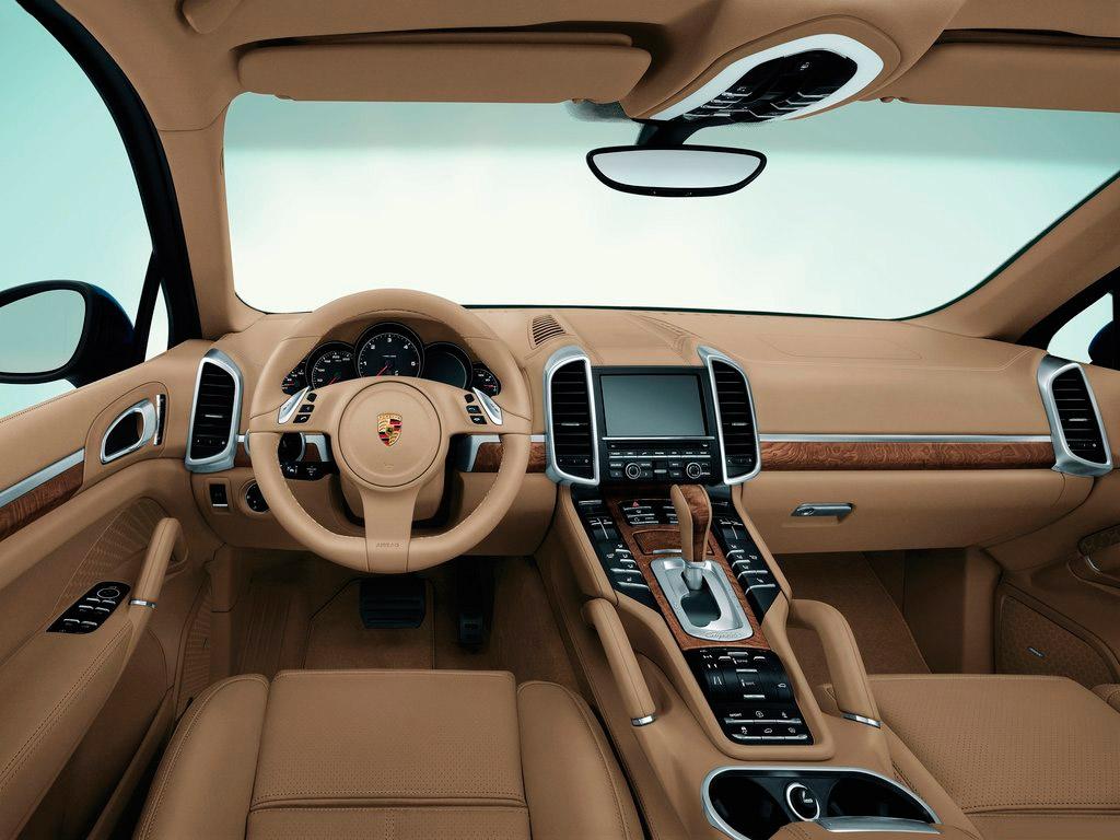 Салон Porsche Cayenne Turbo
