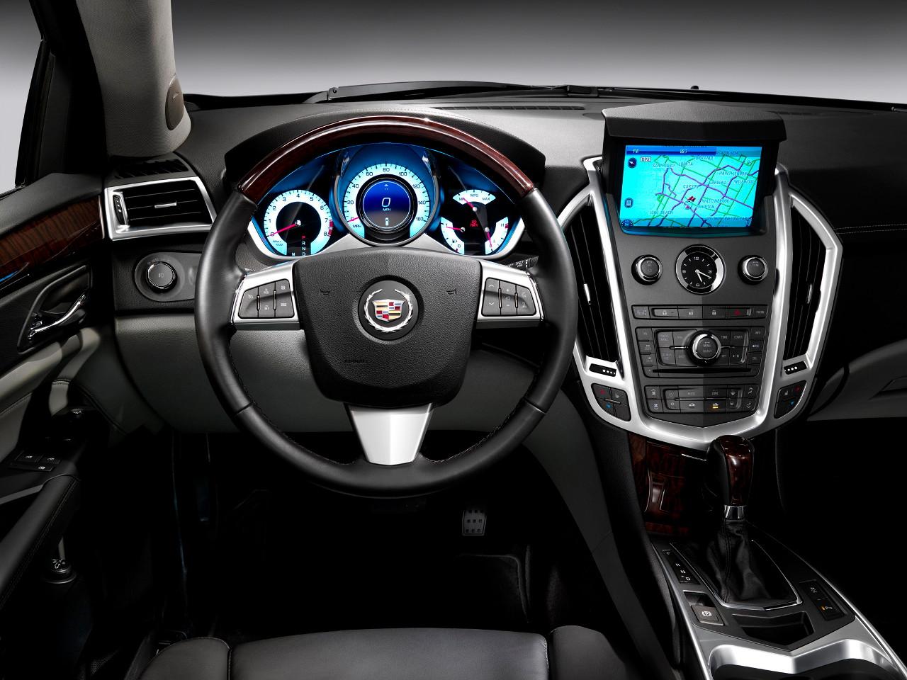 Салон Cadillac SRX 2012