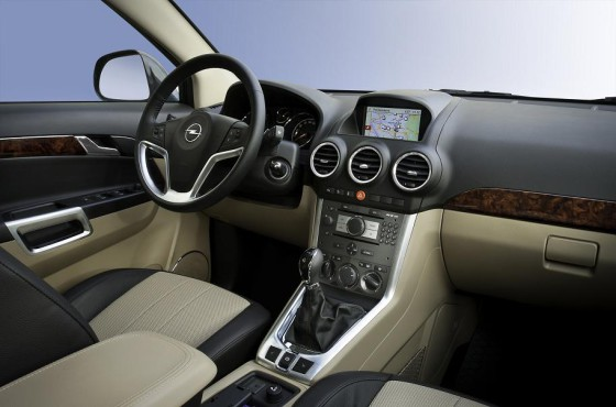 Салон Opel Antara 2012