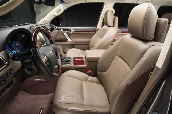 2014-Lexus-GX-460-front-interior