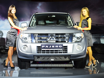 Обновленный Mitsubishi Pajero