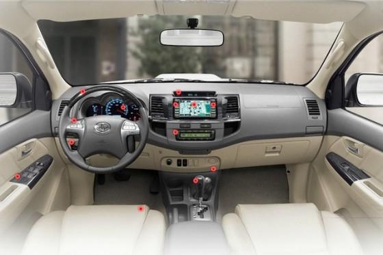 Салон Toyota Fortuner 2014