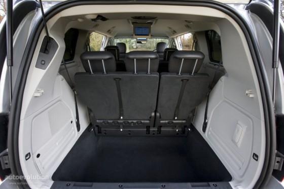 Огромный багажник Chrysler Grand Voyage