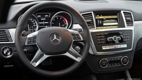 Приборная панель Mercedes Вenz ML 350
