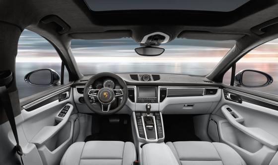 Интерьер Porsche Macan 2014