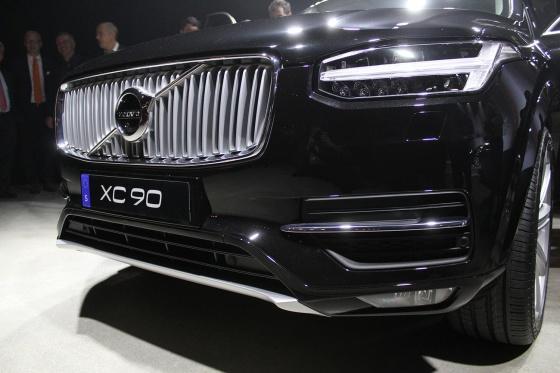 Volvo XC90 2015 фото
